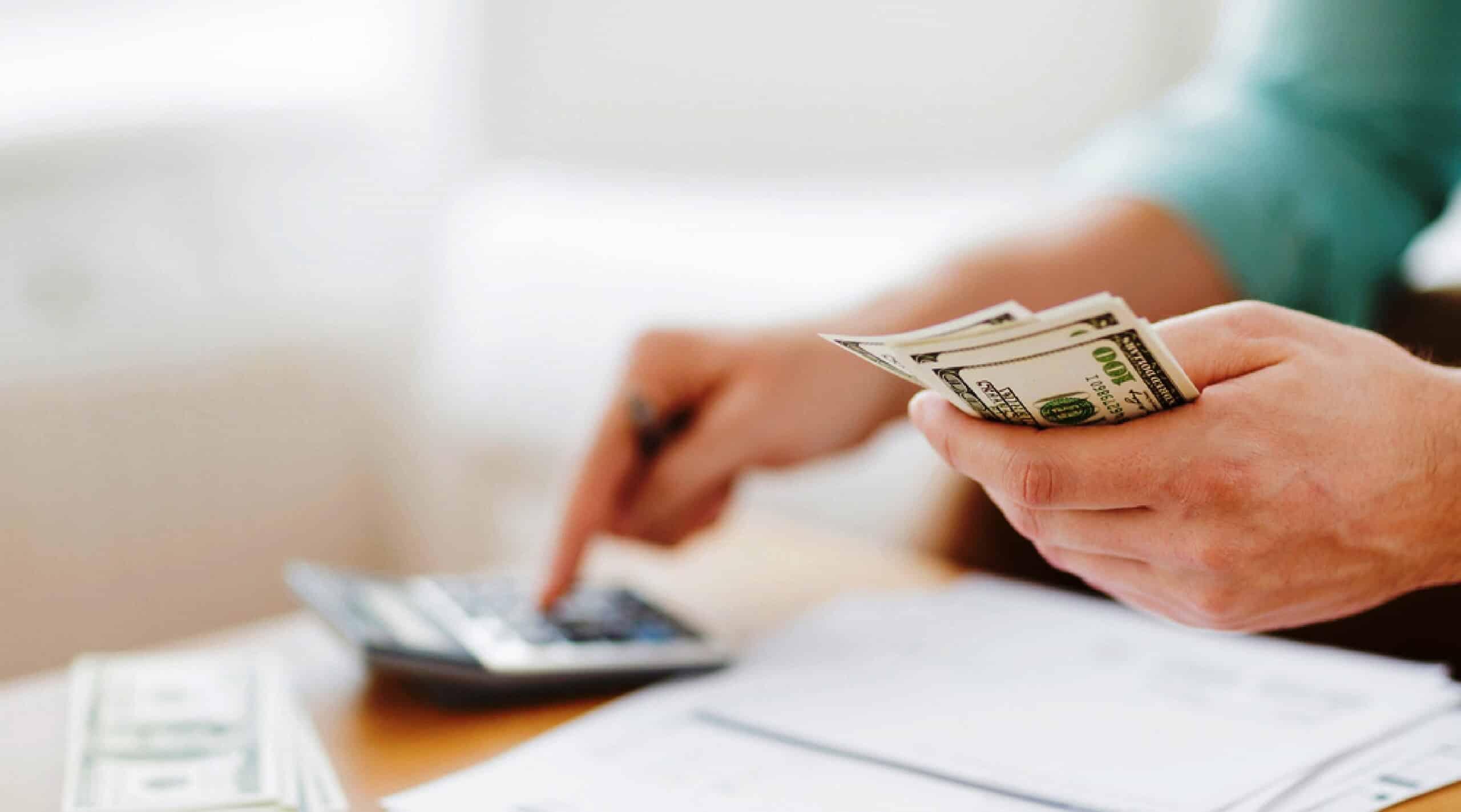 Simplificação do sistema tributário é uma das metas do governo para 2017