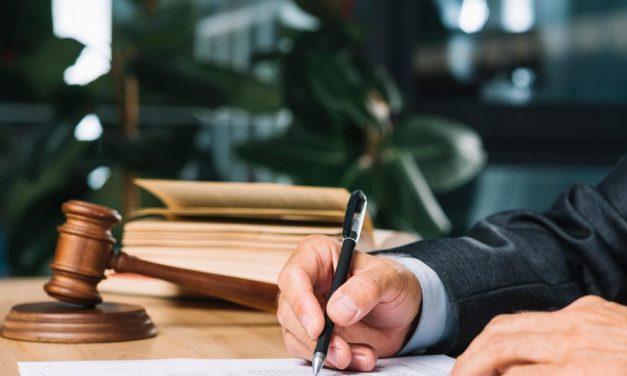 Câmara aprova texto-base de projeto que altera regras do Imposto sobre Serviços